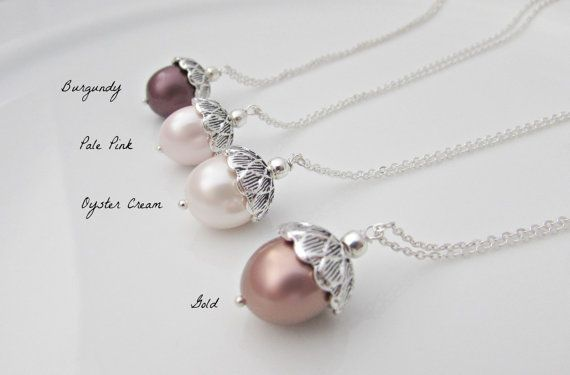 Acorn Necklace, Bridesmaid Gifts, UK Seller, Gifts for Girls, Pearl Necklace, Pearl Pendant, Bridesmaid Necklace, Woodland Wedding Gifts  Silver acorn necklace with shell pearl pendant.  Choose from Oyster cream, Pale Pink, Burgundy or Dark Gold.  Wear it long or short.