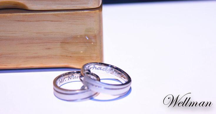 Foto cincin & perhiasan pernikahan oleh Wellman Jewelry