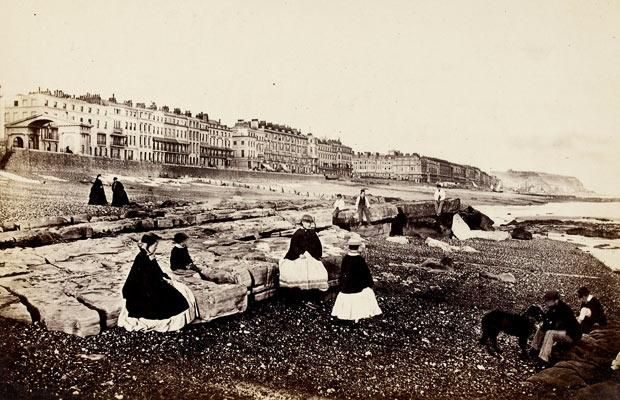 Francis Frith, Hastings from the beach – low water, c.1864