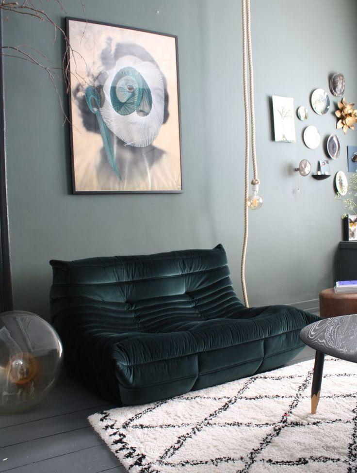 Cultissime canapé Togo Ligne Roset | Theo Bert Pot interior
