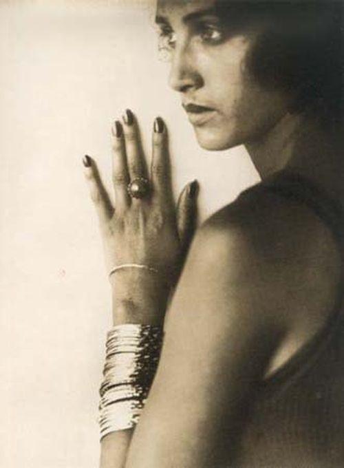 Renee Perle - Romanian classic beauty