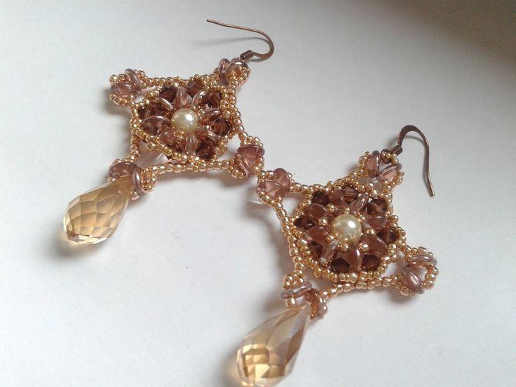 Popolare Oltre 25 fantastiche idee su Orecchini di perline fatti a mano su  EV91