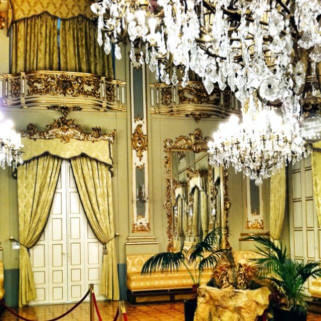 Salón de baile del Real Casino de Murcia