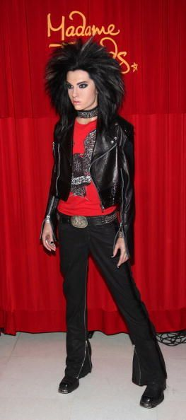 9 years ago today, Bill Kaulitz wax statue was revealed at Madame Tussauds museum in Berlin. And I saw it the year later! Yes I have the same Bill's zipped jeans, I made them on my own ;) Che…