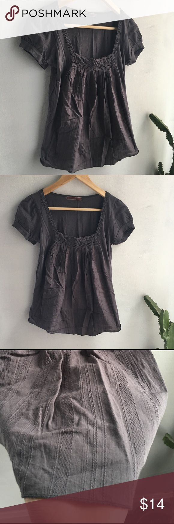 Grey Velvet t. Shirt by: Spencer & Graham Cute peasant cotton t.shirt with a square decorative neckline that is loose it the torso. Size small. No stains or damage. In good used condition. Velvet Tops Tees - Short Sleeve