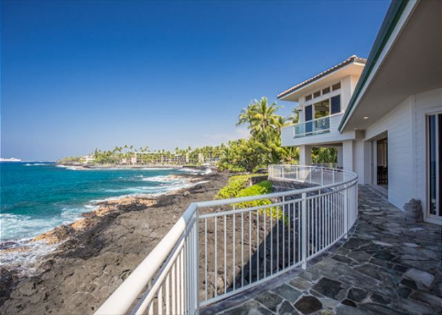44 best kona coast vacations ocean front private homes for Hawaii package homes