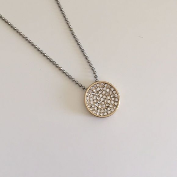 Lia Sophia Gold Disc Necklace Beautiful gold disc necklace. Chain is discolored from wear, can be replaced. Lia Sophia Jewelry Necklaces