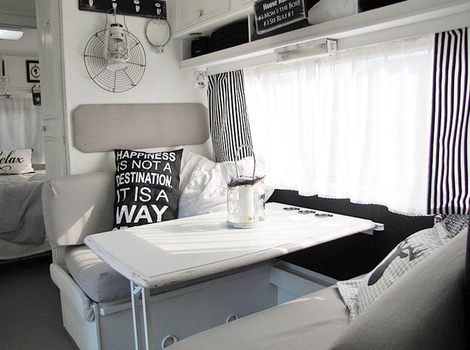 plus de 25 id es uniques dans la cat gorie caravane sur pinterest roulotte airstream rideaux. Black Bedroom Furniture Sets. Home Design Ideas