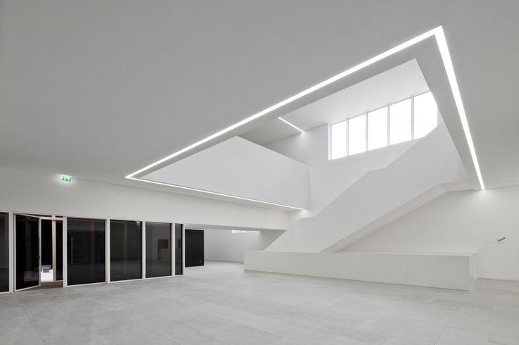 Platform for Arts and Creativity.  Pitagoras Arquitectos. Futuristic Interior Design, Modern, Minimalism