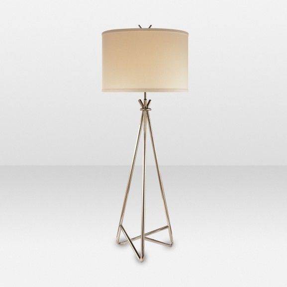 I love the modern clean lines this floor lamp has elte