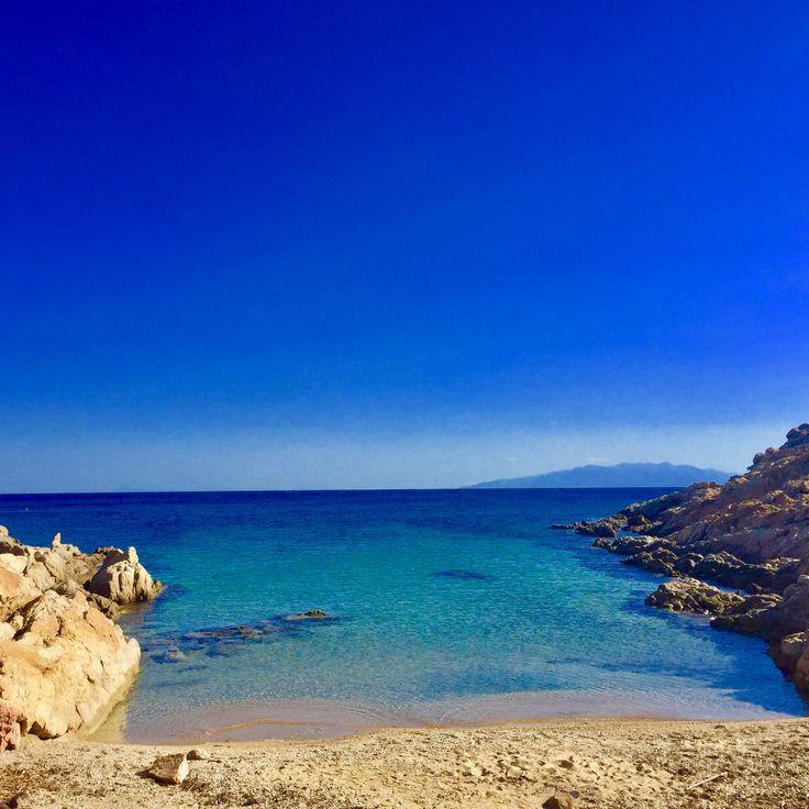 Mini Lia beach On the way to Lia beach a hidden diamond tiny beach. Perfect for beach lovers.