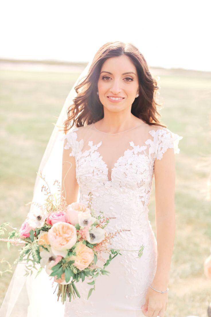 Lisa robertson in wedding dress - New Jersey Wedding Crashed By Donald Trump