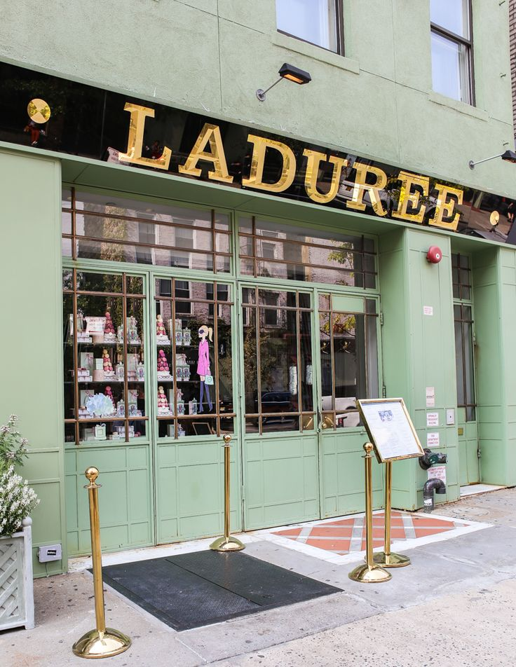 Laduree Tea Shop & Patisserie in Soho, NYC. Wonderful Macarons!