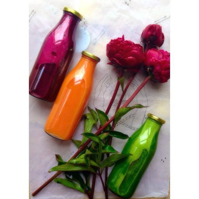 New freshly pressed juices coming to the COLLECTIVE store @ The Colombo! #opensfriday22ndmay #thedesignjuicery