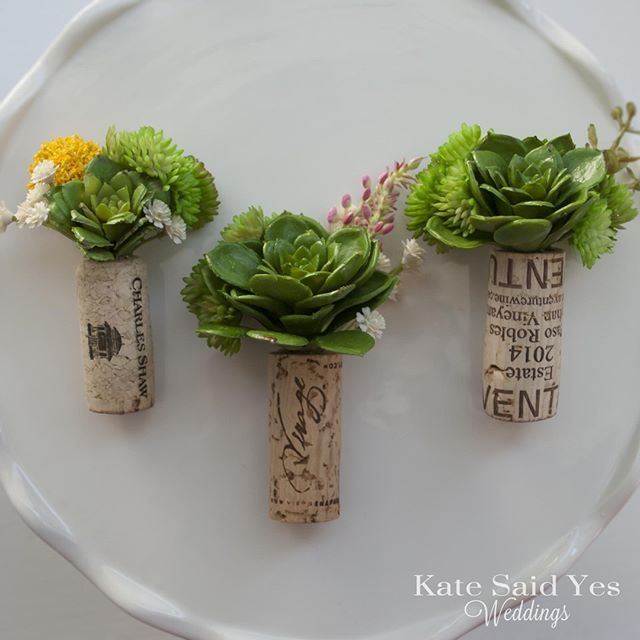 Cork Boutonniere: Succulents Wine Corks = The Perfect Groom's Boutonniere