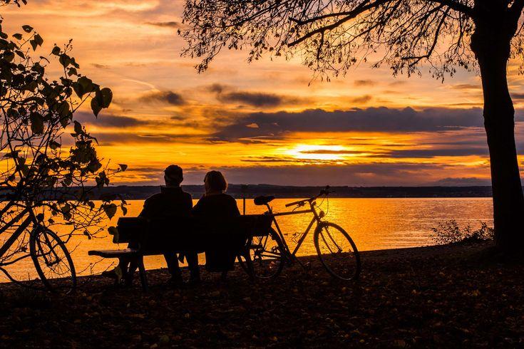#abendstimmung #autumn #bank #bicycle tour #bike #clouds #community #couple #enjoy #forest #germany #golden #human #lake #lake constance #landscape #mirroring #mood #more #orange #pair #park #rest #romantic #sky #sun