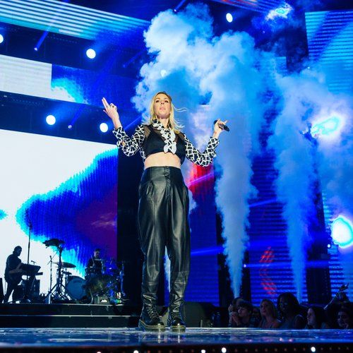 Ellie Goulding - 'Anything Could Happen' (Live At Capital's Jingle Bell Ball 2015): pictures, news, songs, tours - Capital FM