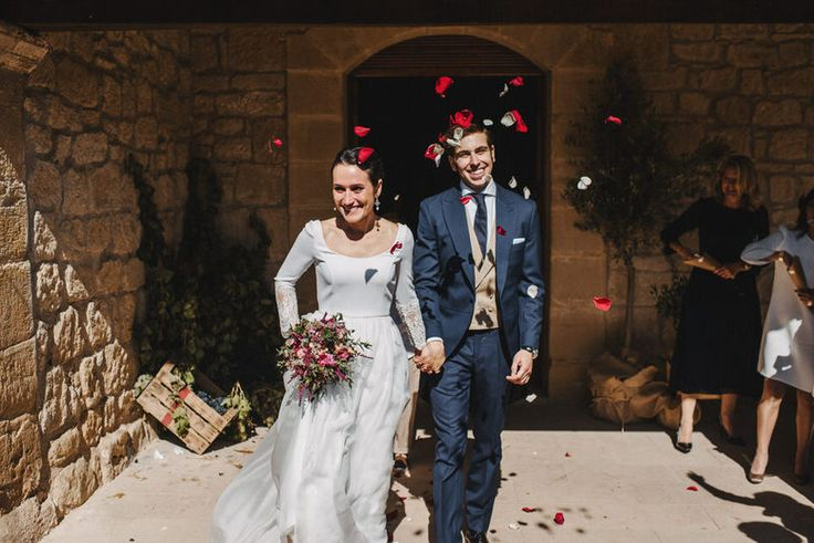 Bried who was seen leading her groom look like an overly excited bride impatient to get the floral petals thrown over them.