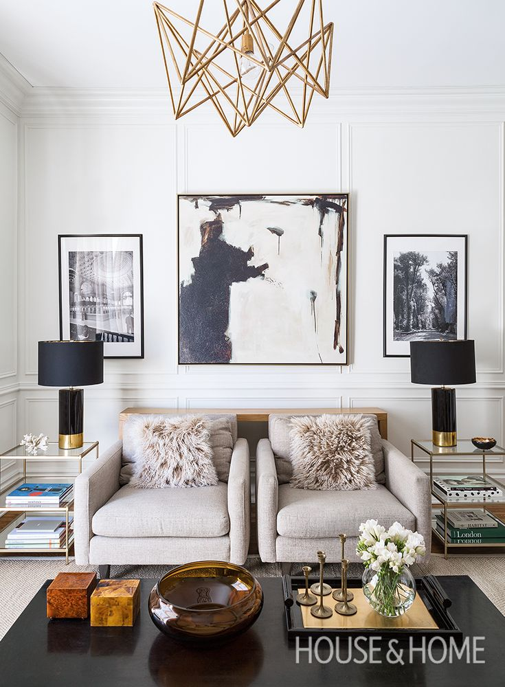 See how designer Ines Mazzotta of Kelly Hopter Interiors updated the 1877 space to fit her family's lifestyle. | Photo: Robin Stubbert