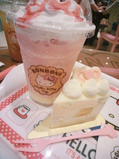Sweets at #HelloKitty BONBONS café (*^_^*)