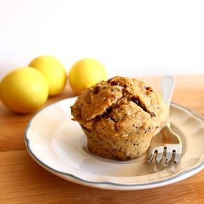 Post image for Confession #47: I love eating healthy… Cranberry Lemon Poppyseed Muffins
