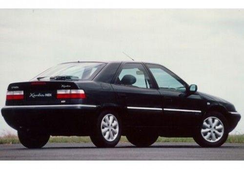 Sådan en her har jeg kørt rundt i siden 06. Det er en 98'er. Den kostede 40 af de lange. Og den kører bare skønt.