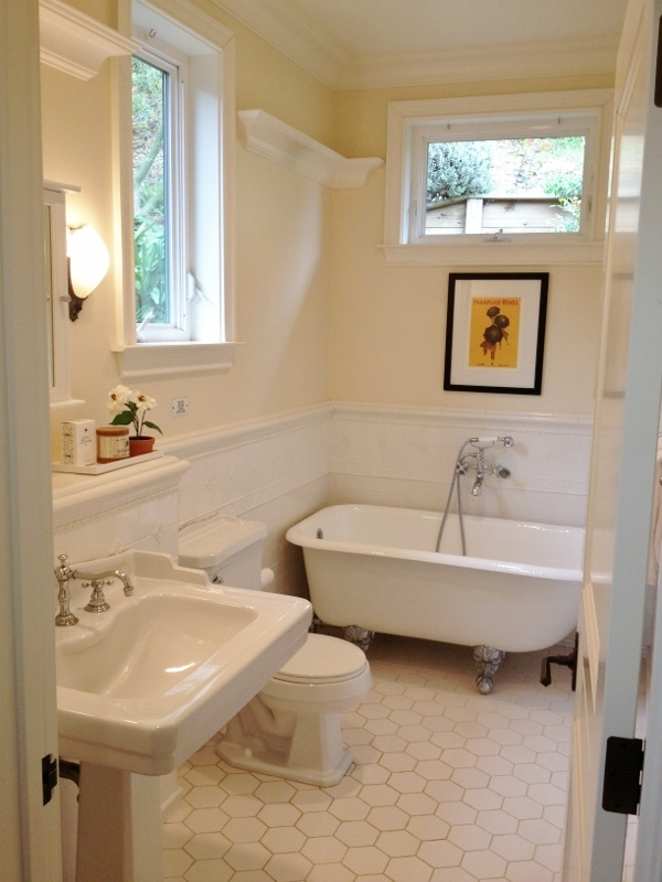 17 best images about bathroom on pinterest traditional for Craftsman bathroom pictures