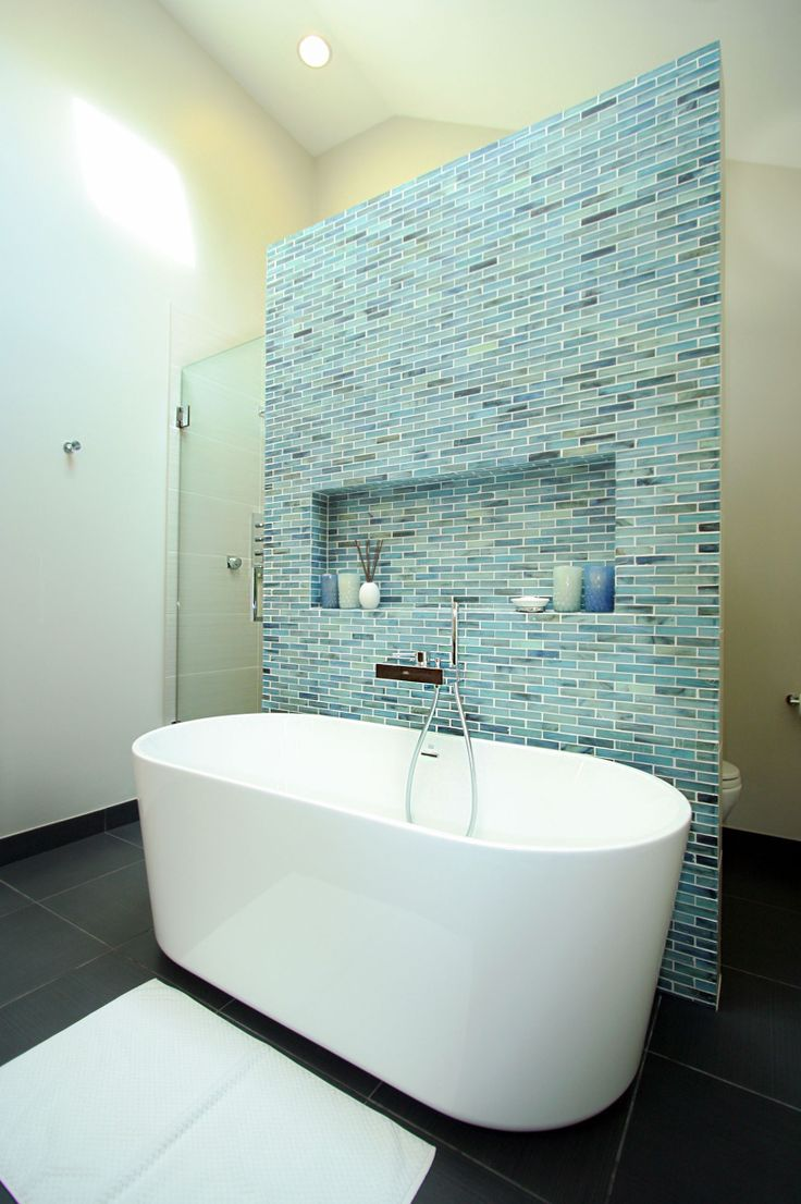 Lincoln Park Bathroom remodel.