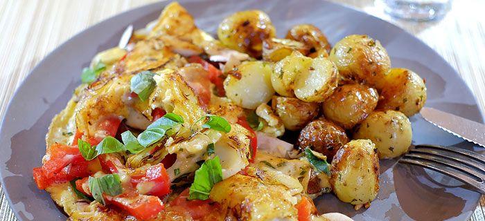 Italiaanse omelet met rozemarijn-krieltjes uit de oven