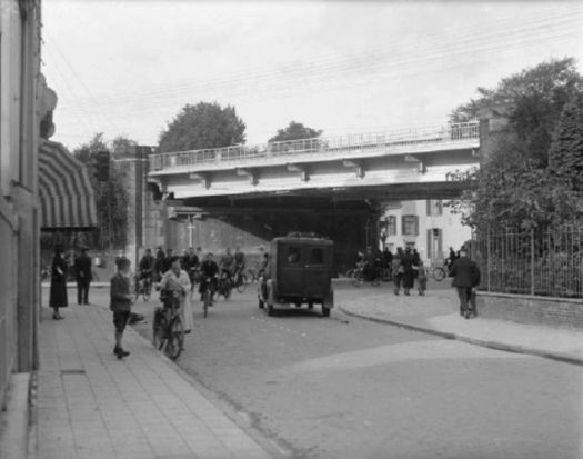 1937 - De Velperpoort in Arnhem - Serc