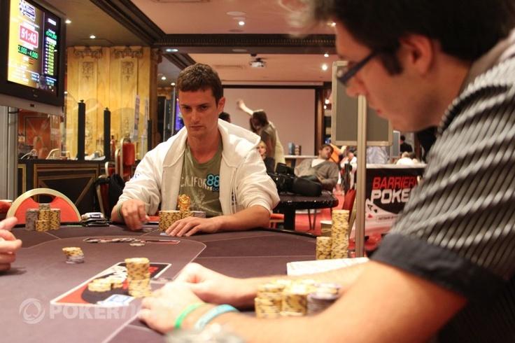 Matan Krakow facing a bet from Sylvain Ribes