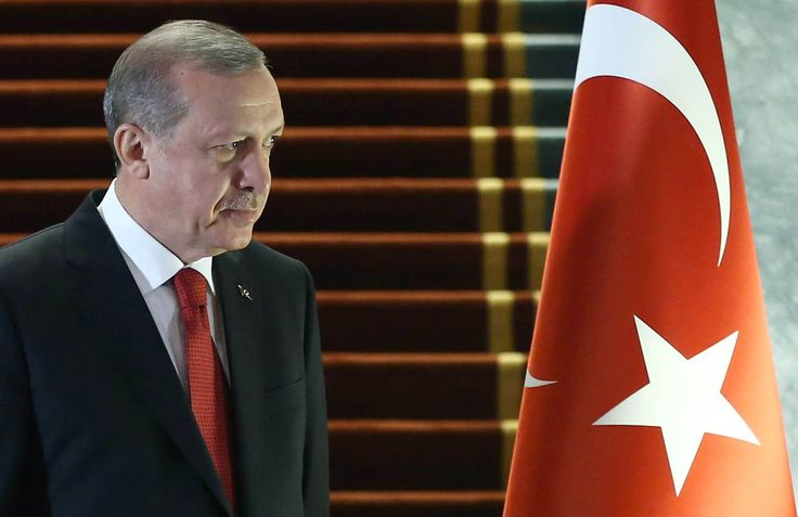 Turkey Moves Arms to Syria Border, Seeks Trump's Backing in War. Turkey's military deployed tanks and guns on the Syrian border as President Recep Tayyip Erdogan urged joint action with the Trump administration against Islamic State in its de facto capital, Raqqa.