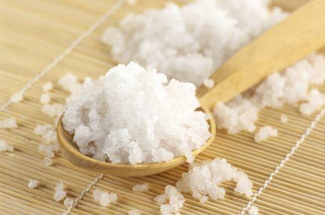 El magnesio es un mineral fundamental para la salud. Juega un papel muy importante en los mecanismos de regulación de las enzimas del organismo y en las funciones corporales como el control muscular, los impulsos eléctricos y la eliminación de toxinas. Uno de los mejores modos de aprovechar magn
