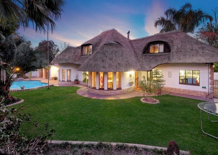 3 bedroom house for sale in Sharonlea  http://www.jawitz.co.za/property/121636