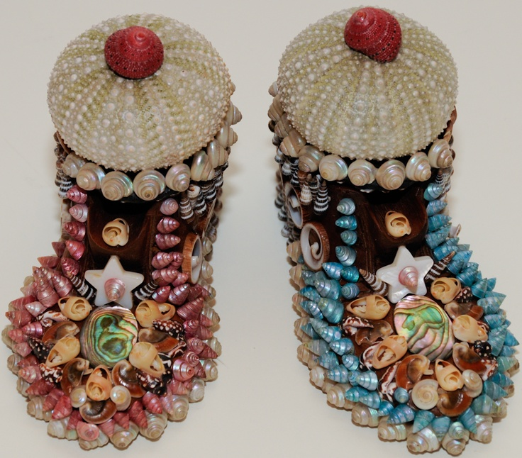 Wooden shoe boxes for wedding rings with seashell mosaic. Second place, red ribbon award on Sanibel seashell show 2009, Florida.