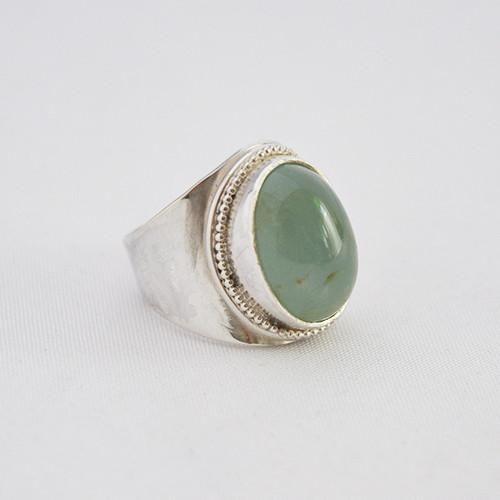 Zilver & Zoet sterling zilveren 925 ring met een aquamarijnsteen. Handgemaakt op maat. Er bestaat dus nooit eenzelfde ring. Het eindproduct verschilt daar