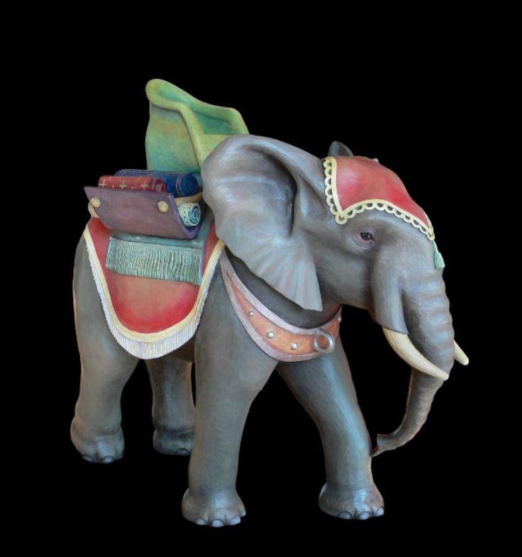 Słoń z drewna - figura do szopki bożonarodzeniowej