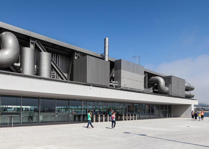Cultural Centre of Viana do Castelo by Eduardo Souto de Moura