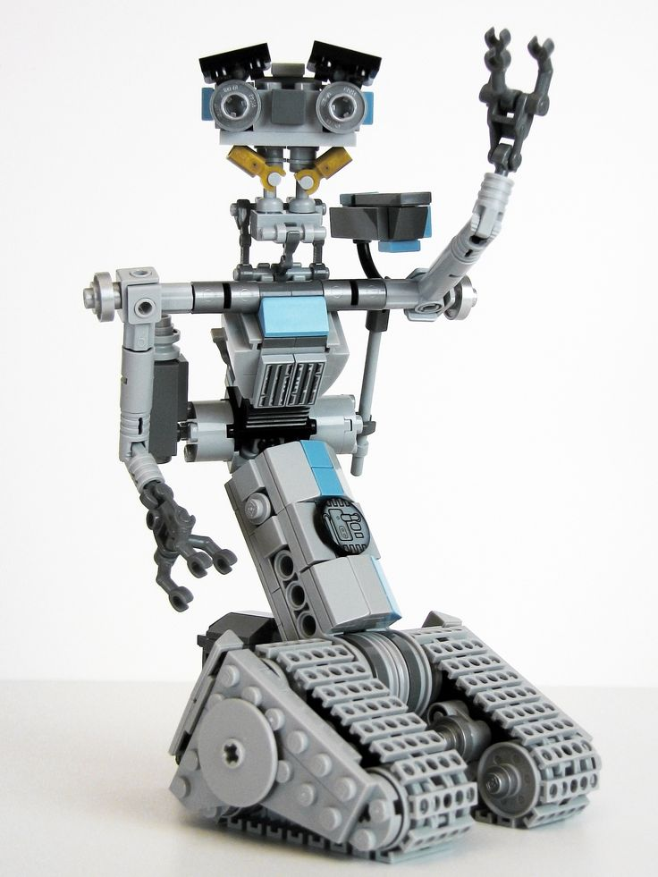 https://flic.kr/p/y4eMLw | Number Five is Alive | For those of you too young to remember: Short Circuit This is my twenty-third, and final, build in my Iron Builder round against Tim. The required piece is the Metallic Silver Barbell.