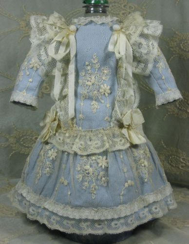 BEAUTYFUL ANTIQUE DRESS FOR A BISQUE FRENCH or GERMAN DOLL