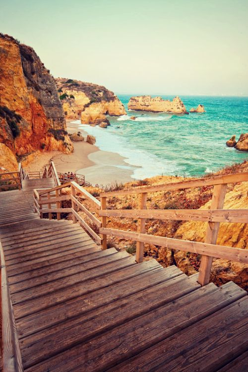 Praia Dona Ana Beach / Algarve, Portugal.