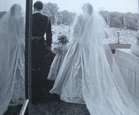 80 Best Diana 1981 September December Married Life 3 Images On Pinterest Princess And Royal Albert Hall
