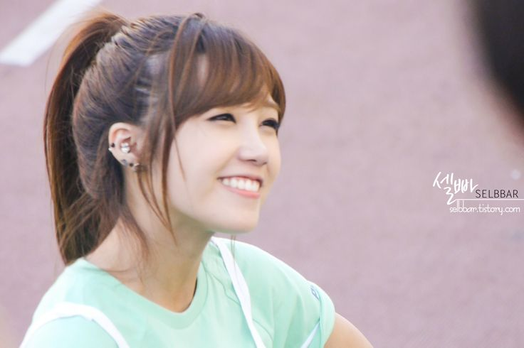 APink EunJi @ TV Show '2013 Idol - 30.0KB