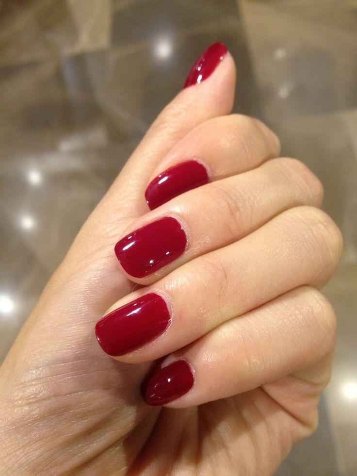 Essie's Stylenomics: Headmistress. Nails painted by MiniLuxe. ift.tt/321uRRr …
