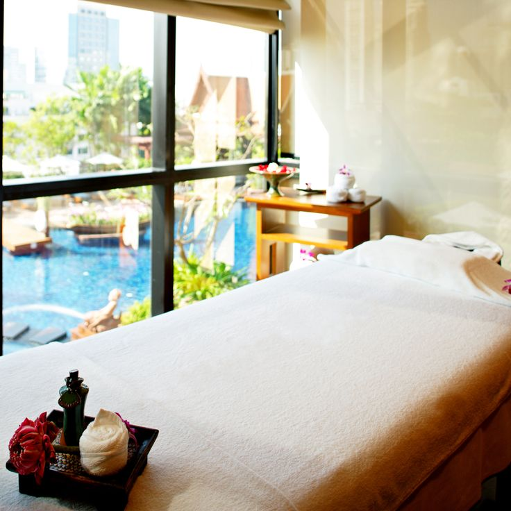 Reward yourself with a relaxing spa treatment. Only at THB 1,800++