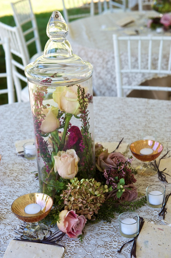 beautiful cocktail or outdoor table idea!