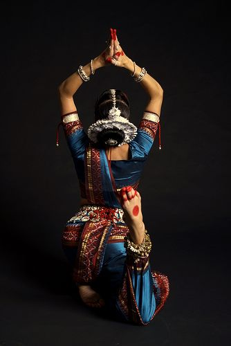 ODISSI is one of the eight classical dance forms of India. It originates in the state of Odisha.