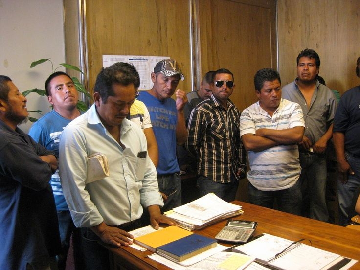 Atiende Procuraduría de la Defensa del Trabajador a grupo de obreros que denunciaron falta de pago | El Puntero