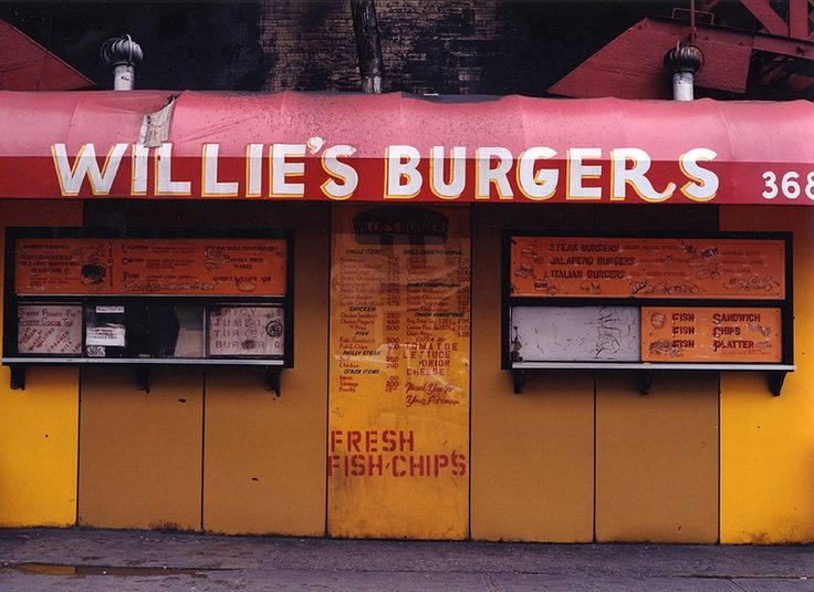 The legendary Willie Burgers in Harlem New York | nyc a&w ...