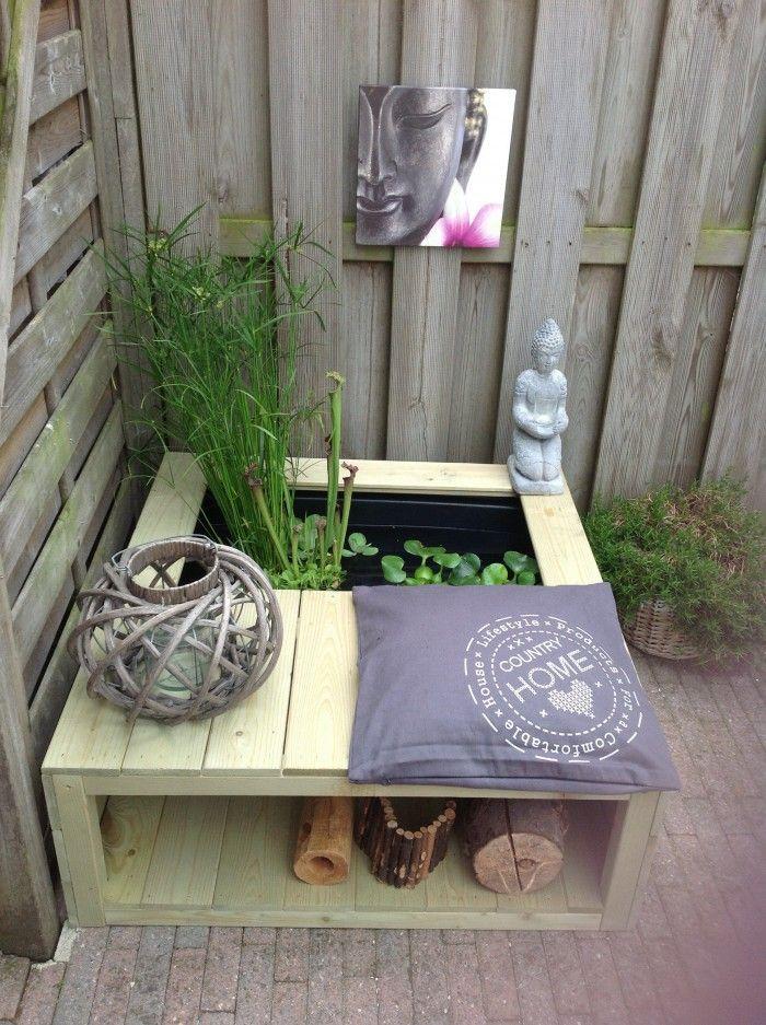 25 beste idee n over mini vijver op pinterest buiten for Vijver voor kleine tuin